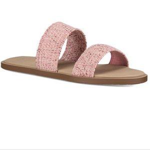 NWT Sanuk Strawberry Cream Gora Gors TX sandal